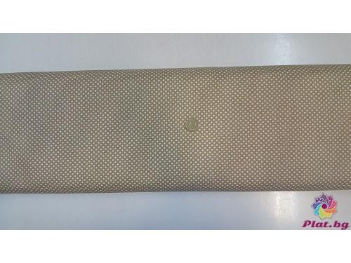 Ранфорс бежова основа на малки бели точки произведено в Турция
