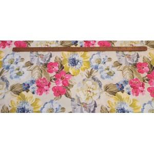 Хидрофобиран бяла основа на розови,сини и жълти цветя от Турция