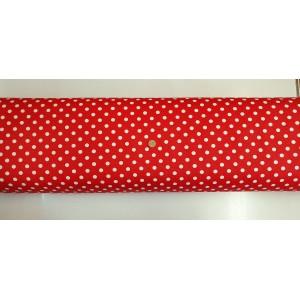 Хидрофобиран плат на червена основа с големи бели точки от Турция